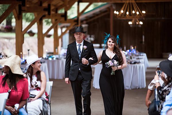 Wedding in the hat. Saluti Cellars Vineyards