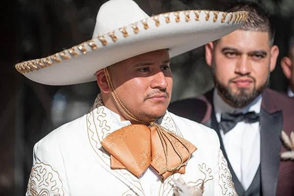 Sombrero, Mariachi, Tequila and Amor. Juan & Alexandrina